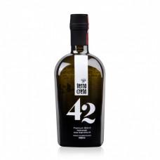 Зехтин екстра върджин Premium Blend - 42 сорта маслини 500 мл - Terra Creta - срок на годност - 27.09.2020г.
